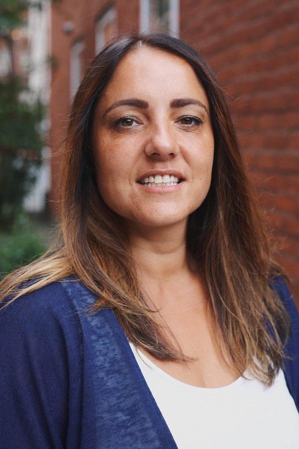 Julie Habib Headshot