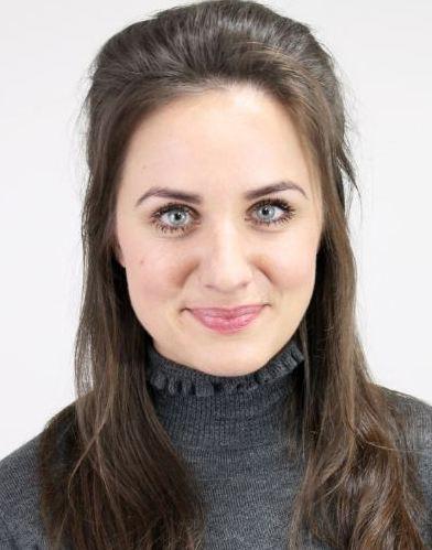 Charlotte Ironmonger Headshot