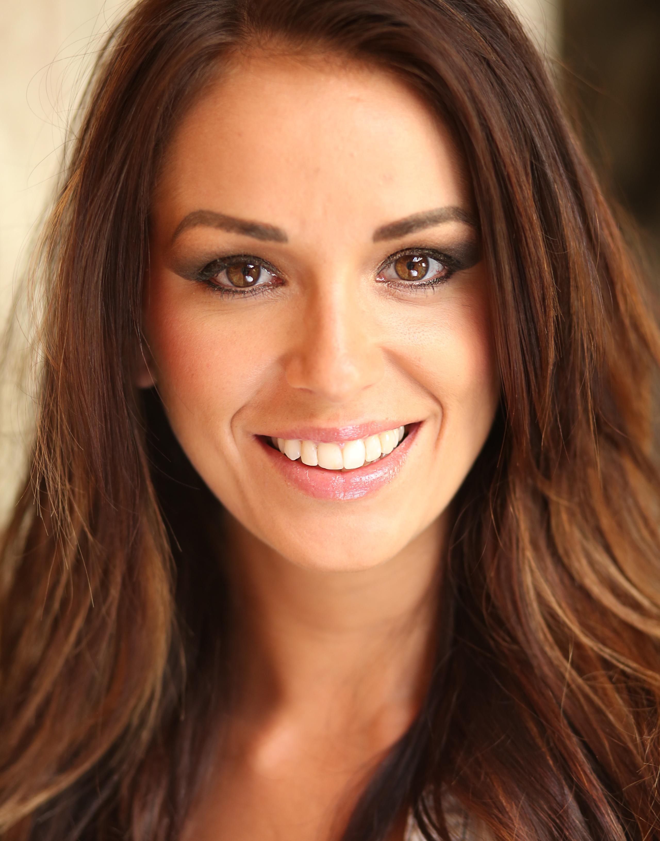 Miranda Hird Headshot