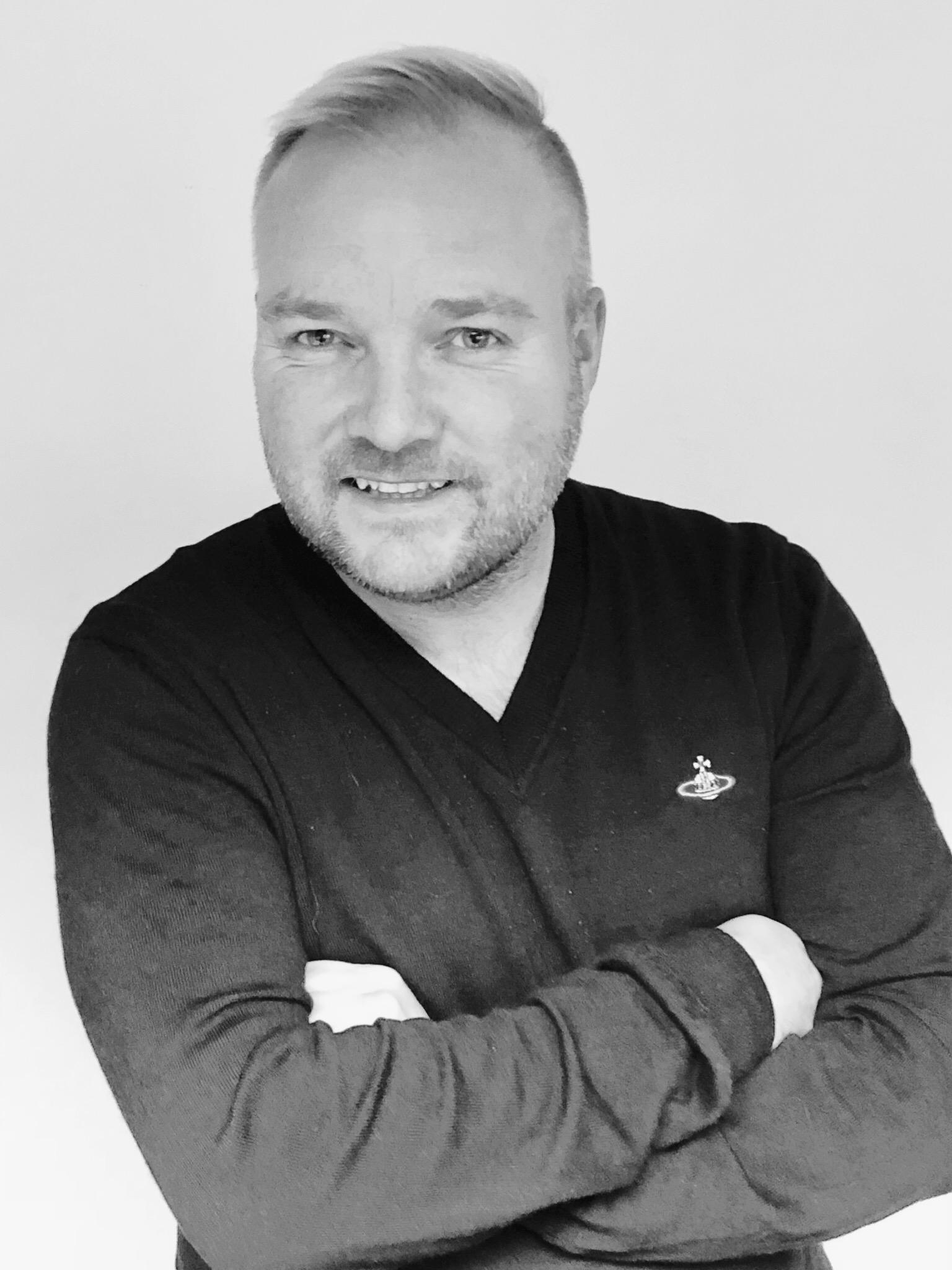 Stephen Nicholas Headshot