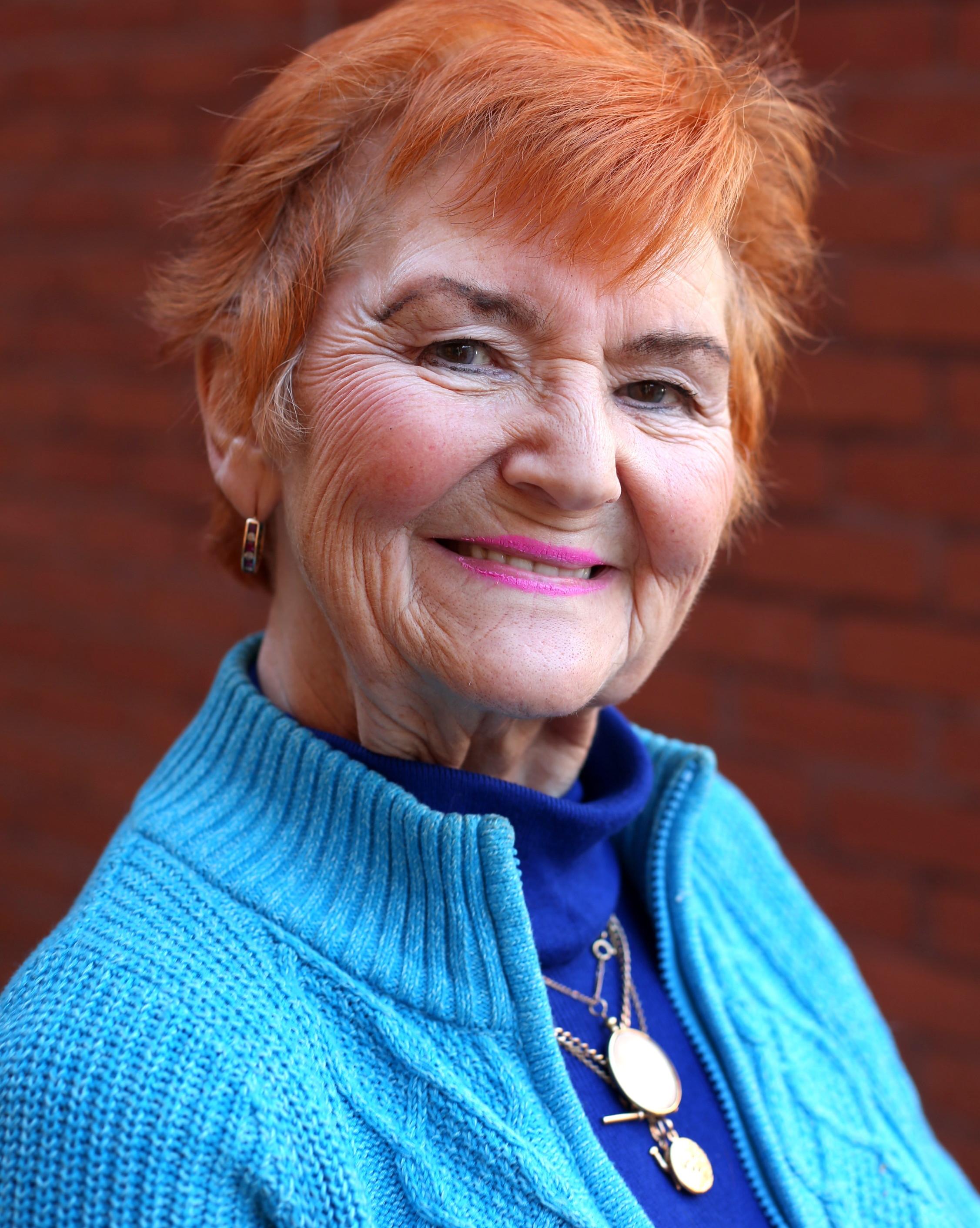 Pam Shaw Headshot
