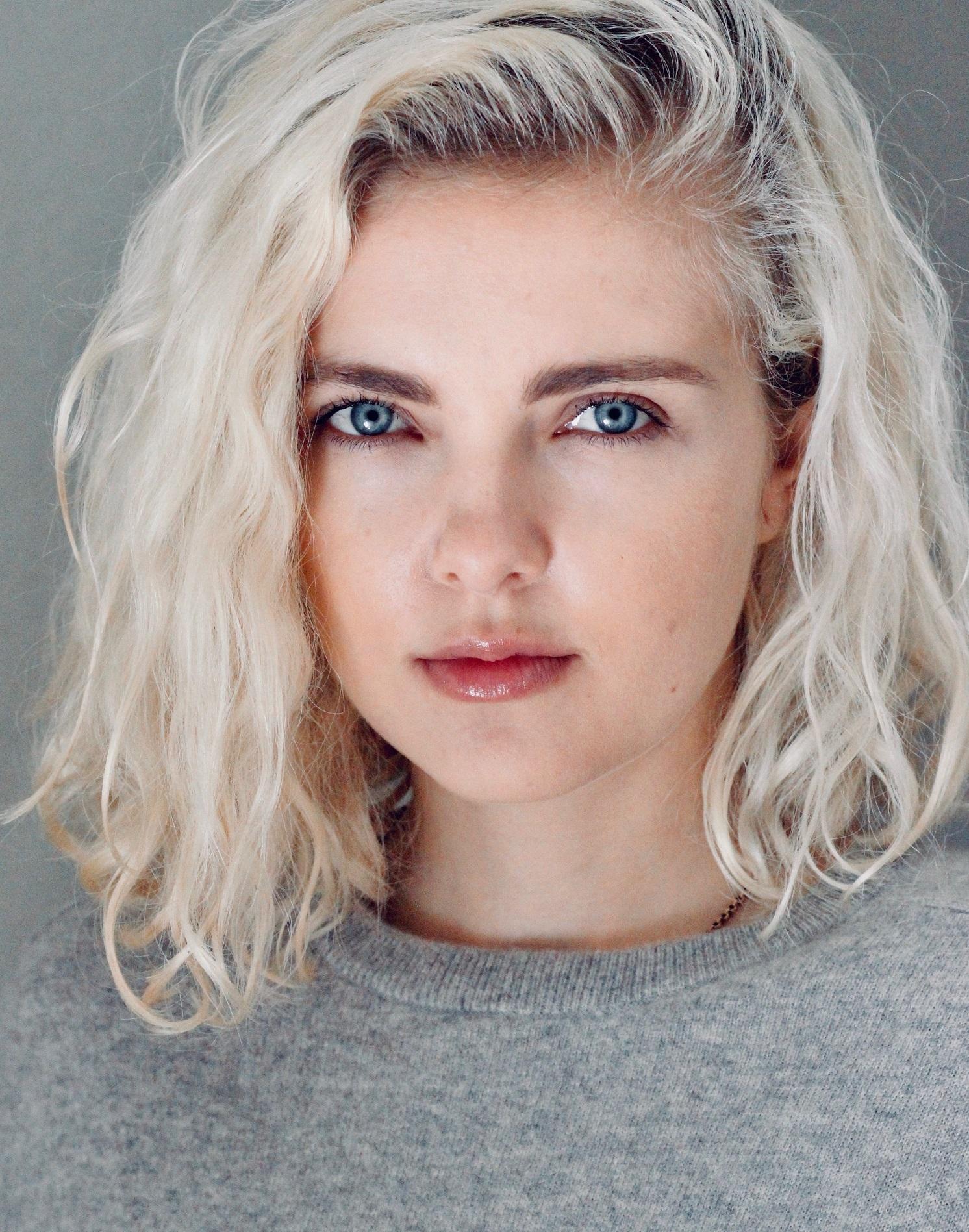 Emma Maddock Headshot