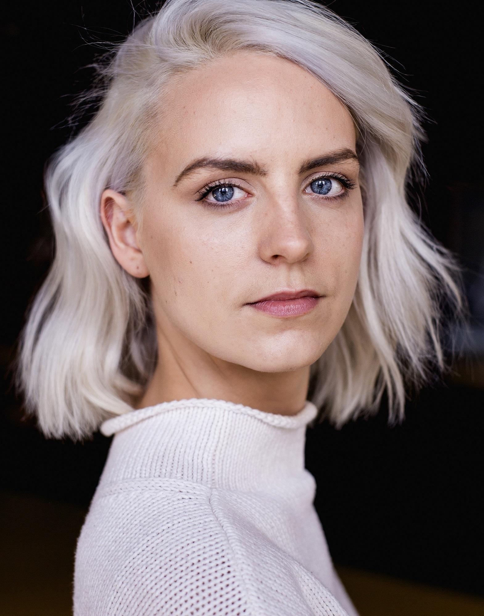 Zoey Barnes Headshot