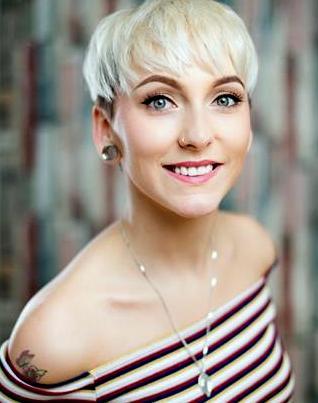 Tanya Riley Headshot