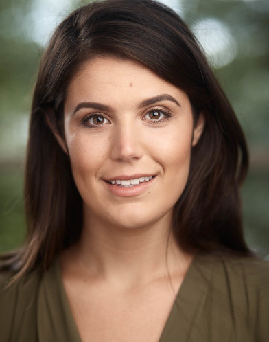Lottie Jones Headshot