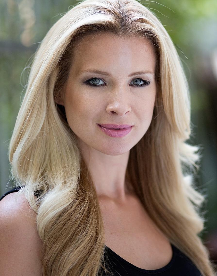 Lauren Frain Headshot